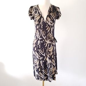 EXPRESS Size Medium Black Taupe Printed Wrap Dress